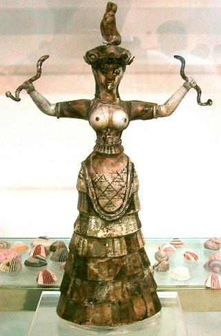 La diosa minoica de las serpientes