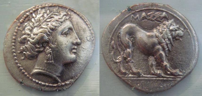 Moneda griega de plata encontrada en Masilia, del siglo V aC, en pleno desarrollo de la sociedad griega