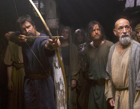 Una de las escenas de la película, con Christian Bale, Aaron Paul y Ben Kingsley