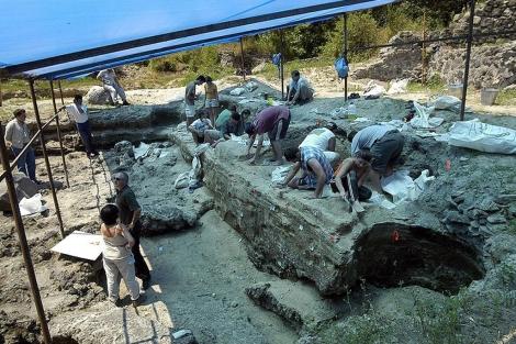 Fotografía de los trabajos en parte del yacimiento arqueológico de Dmanisi