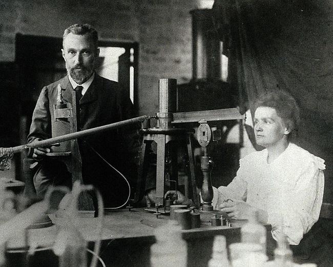 Fotografía de Pierre y Marie Curie
