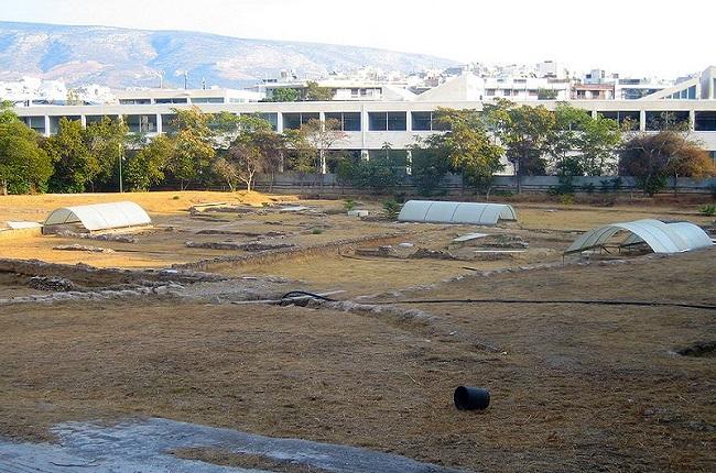 Estado actual del yacimiento arqueológico del Liceo de Atenas